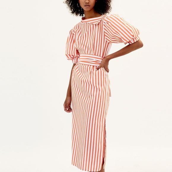 368a2d91e78 Zara Orange   White Striped Cowl Neck Midi Dress. M 5ca68b9bde696aa47e5fe823